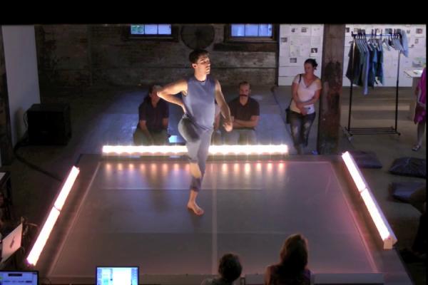 Invisible Dog (Tue) Dance 4