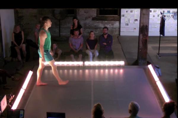 Invisible Dog (Fri) Dance 9