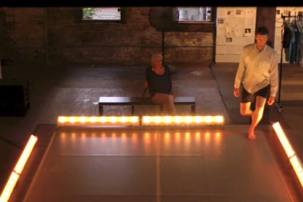 Invisible Dog (Thu) Dance 1