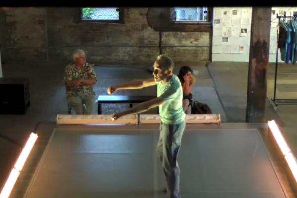 Invisible Dog (Thu) Dance 3