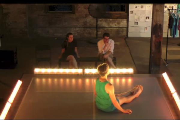 Invisible Dog (Thu) Dance 7